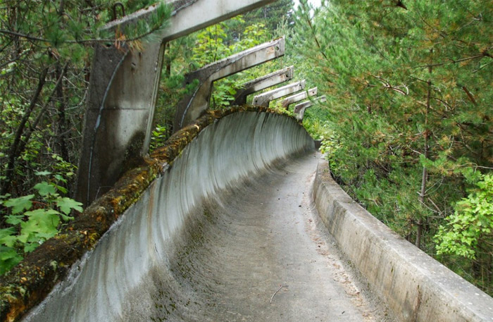 18 - 1984-Winter-Olympics-bobsleigh-track